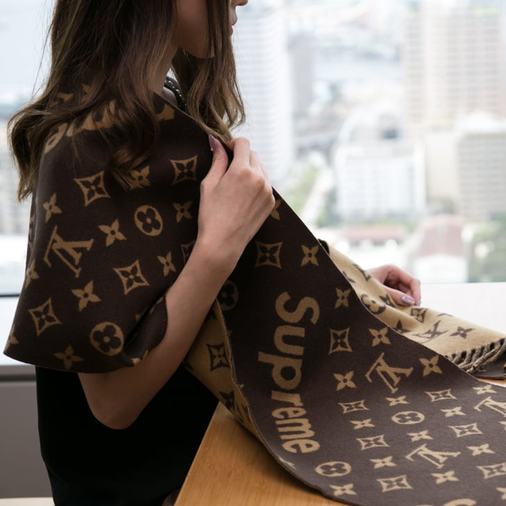 LOUIS VUITTON × SUPREMEコラボのマフラー